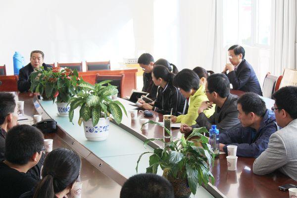 补习中心刘校长介绍教育教学管理